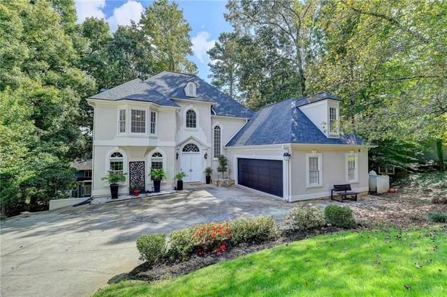8370 Steeplechase Drive, Roswell, GA 30076 (MLS #6953062) :: North Atlanta Home Team