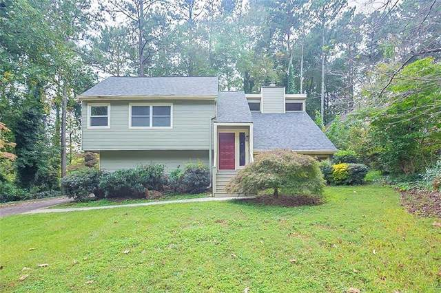 4694 Shallowford Road, Roswell, GA 30075 (MLS #6953674) :: North Atlanta Home Team