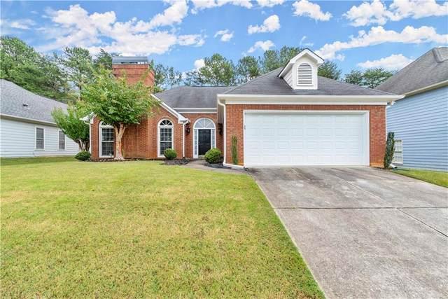 200 Glen Holly Drive, Roswell, GA 30076 (MLS #6953849) :: North Atlanta Home Team