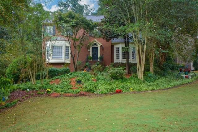 2880 Abbottswell Drive, Alpharetta, GA 30022 (MLS #6954148) :: North Atlanta Home Team