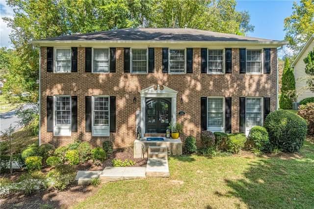 6960 Whispering Oaks Court, Stone Mountain, GA 30087 (MLS #6954425) :: North Atlanta Home Team
