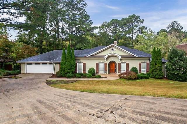 9440 River Lake Drive, Roswell, GA 30075 (MLS #6954538) :: North Atlanta Home Team