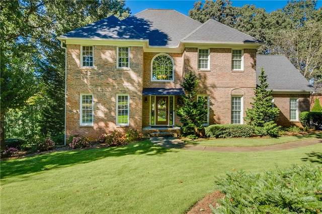 545 Shirerokes Court, Roswell, GA 30075 (MLS #6955455) :: North Atlanta Home Team