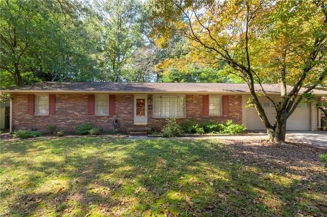 860 Forest Ridge Drive SE, Marietta, GA 30067 (MLS #6955914) :: North Atlanta Home Team