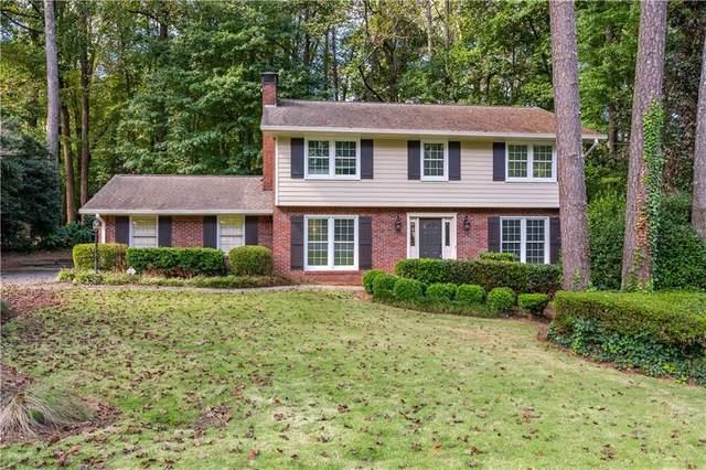 2462 Helmsdale Drive Ne, Atlanta, GA 30345 (MLS #6957903) :: RE/MAX Paramount Properties