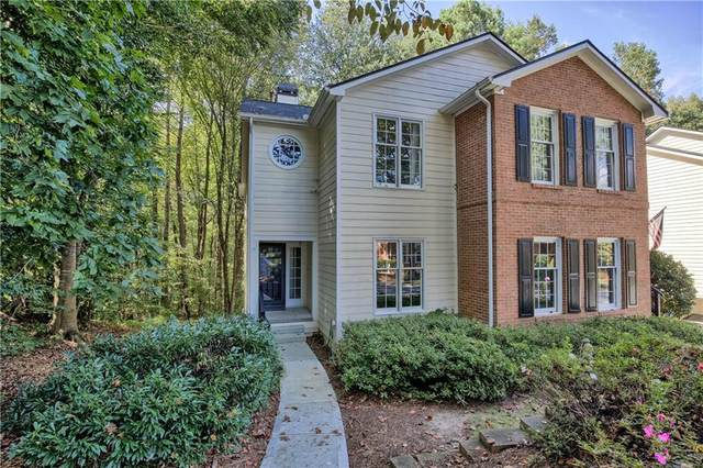 6556 Deerings Lane, Peachtree Corners, GA 30092 (MLS #6958230) :: North Atlanta Home Team