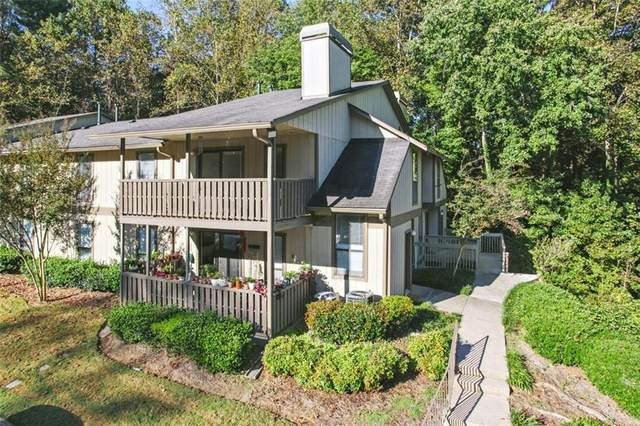 806 Woodcliff Drive, Atlanta, GA 30350 (MLS #6958647) :: North Atlanta Home Team