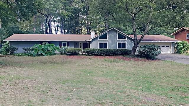 4135 White Oak Lane SW, Lilburn, GA 30047 (MLS #6958777) :: Path & Post Real Estate