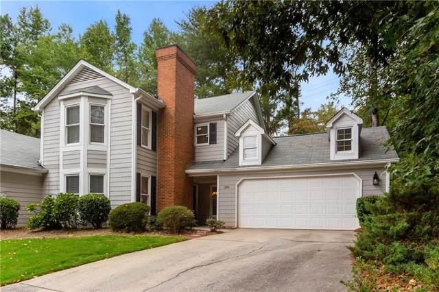 106 Great Oaks Lane #106, Roswell, GA 30075 (MLS #6959378) :: North Atlanta Home Team