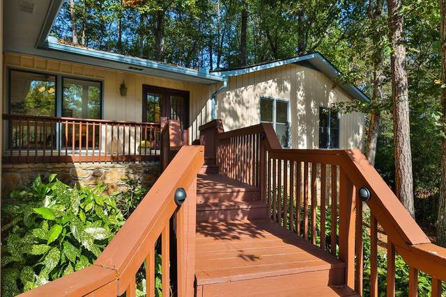 350 Clear Spring Court, Marietta, GA 30068 (MLS #6961490) :: Dillard and Company Realty Group