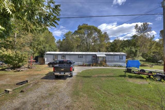 860 Lovers Lane Rd Se, Calhoun, GA 30701 (MLS #6961718) :: Maria Sims Group