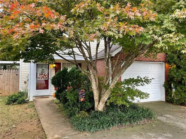 1337 Yorkshire Lane, Woodstock, GA 30188 (MLS #6962627) :: North Atlanta Home Team