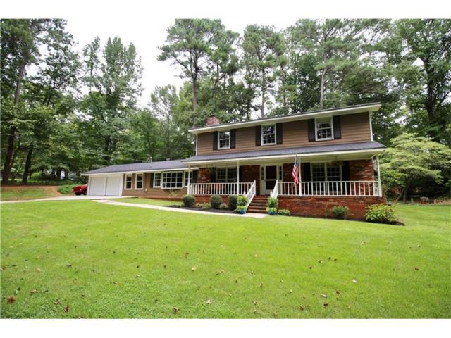 1966 Crescent Drive, Snellville, GA 30078 (MLS #5900619) :: North Atlanta Home Team