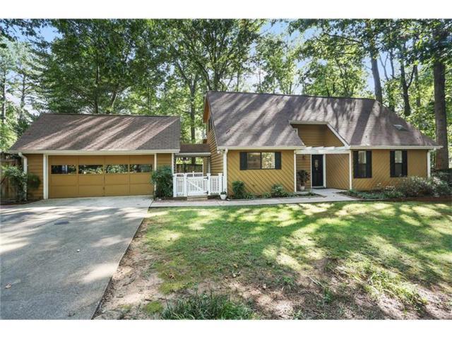 2845 Forest Wood Drive NE, Marietta, GA 30066 (MLS #5902088) :: North Atlanta Home Team
