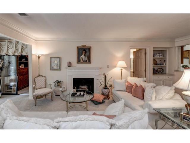 25109 Plantation Drive NE #25109, Atlanta, GA 30324 (MLS #5910858) :: Charlie Ballard Real Estate