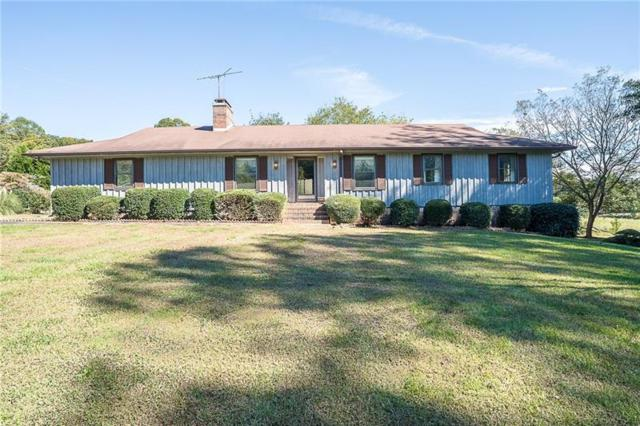 3375 Lakeside Lane, Cumming, GA 30040 (MLS #5922251) :: Carr Real Estate Experts