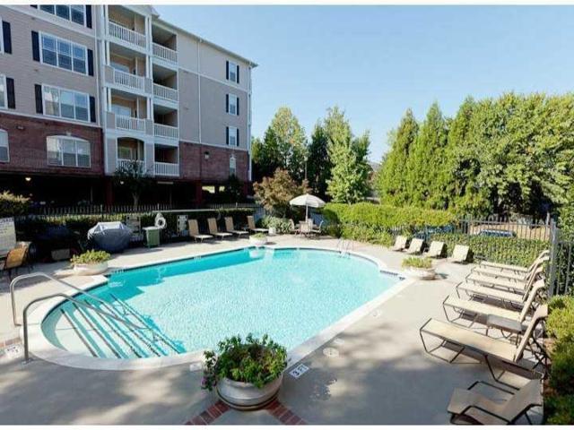 4333 Dunwoody Park #3206, Dunwoody, GA 30338 (MLS #5985689) :: Kennesaw Life Real Estate