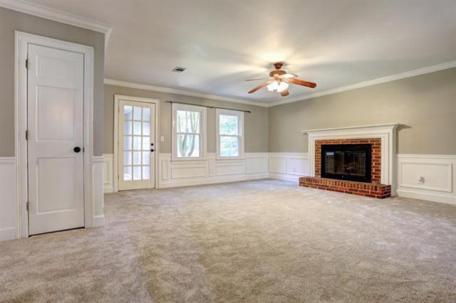 11935 N Hickory Trace, Alpharetta, GA 30004 (MLS #6001906) :: Iconic Living Real Estate Professionals