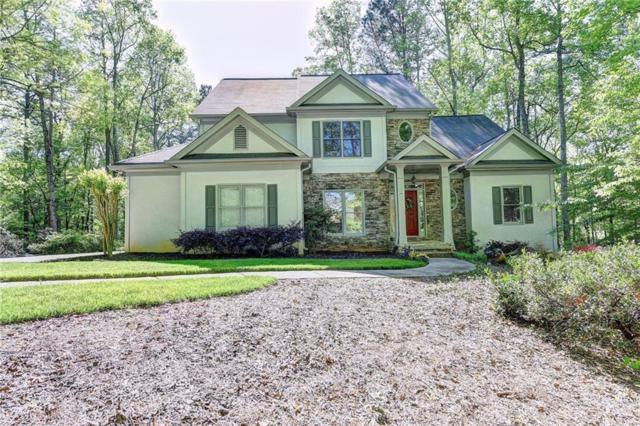 701 Lakeglen Drive, Suwanee, GA 30024 (MLS #6002902) :: North Atlanta Home Team