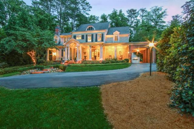 262 Pineland Road NW, Atlanta, GA 30342 (MLS #6016922) :: North Atlanta Home Team