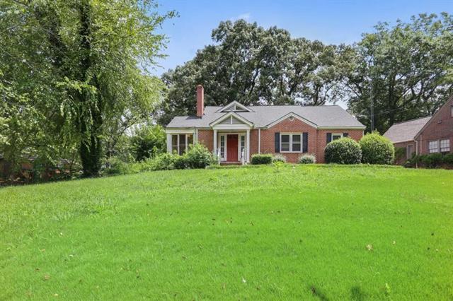 2160 E Lake Road NE, Atlanta, GA 30307 (MLS #6042525) :: RE/MAX Paramount Properties