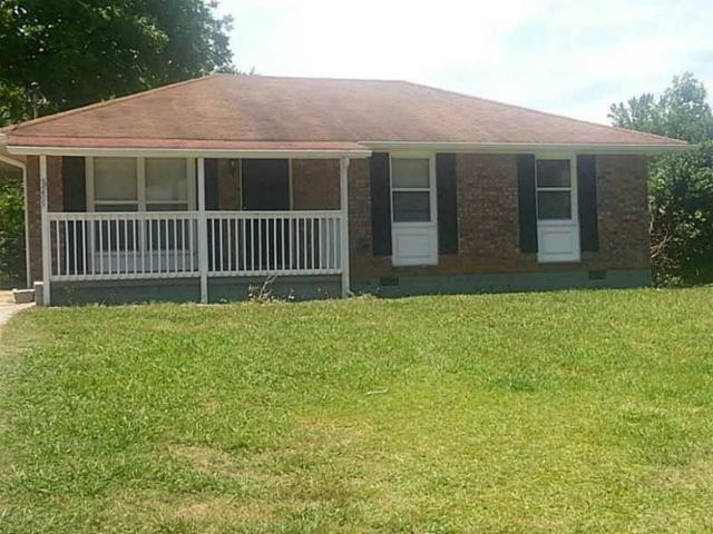8205 Kendrick Road, Jonesboro, GA 30238 (MLS #6546699) :: The Zac Team @ RE/MAX Metro Atlanta