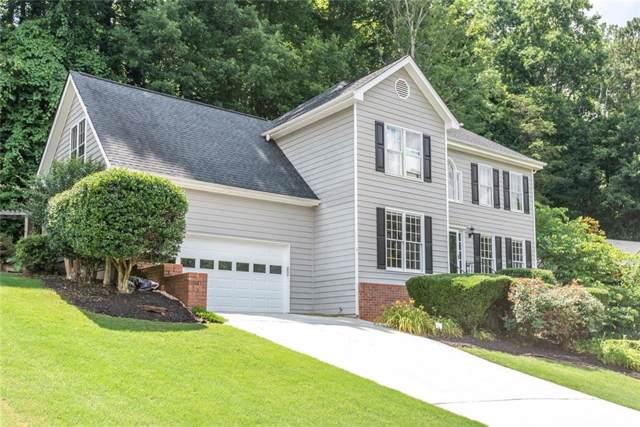 825 Connell Lane, Lawrenceville, GA 30044 (MLS #6568499) :: North Atlanta Home Team