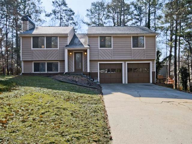135 Roswell Farms Court, Roswell, GA 30075 (MLS #6611455) :: North Atlanta Home Team