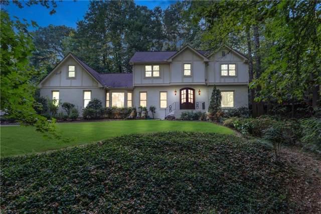 1374 W Wesley Road NW, Atlanta, GA 30327 (MLS #6627121) :: North Atlanta Home Team