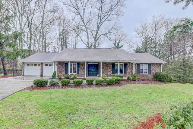 2800 Holly Oaks Drive, Marietta, GA 30062 (MLS #6682966) :: KELLY+CO