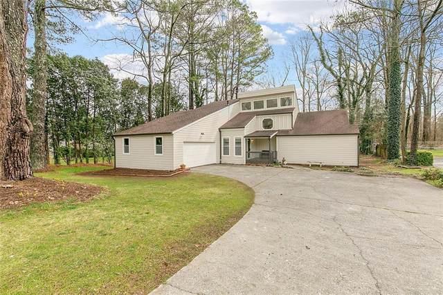5225 Amhurst Drive, Peachtree Corners, GA 30092 (MLS #6683736) :: North Atlanta Home Team