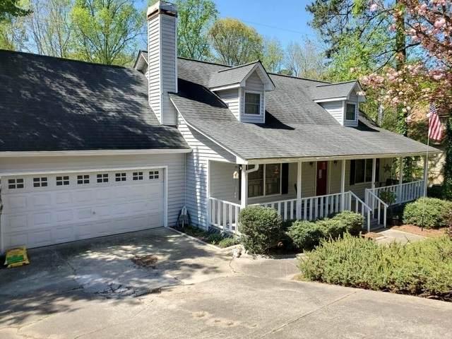 3522 Thompson Bend, Gainesville, GA 30506 (MLS #6706370) :: The North Georgia Group