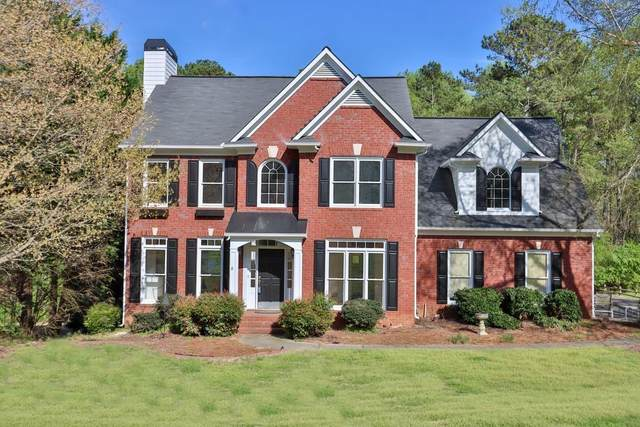 939 Lakemere Crest, Suwanee, GA 30024 (MLS #6707088) :: The Heyl Group at Keller Williams