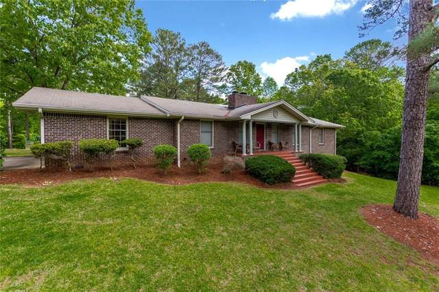 320 Pine Trail Road, Fayetteville, GA 30214 (MLS #6714326) :: Path & Post Real Estate