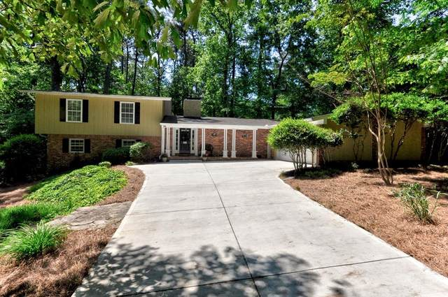 4577 Kingsgate Drive, Dunwoody, GA 30338 (MLS #6719139) :: Thomas Ramon Realty