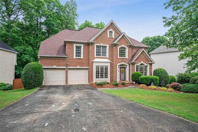 6020 Yorkridge Drive, Alpharetta, GA 30005 (MLS #6729301) :: The Zac Team @ RE/MAX Metro Atlanta