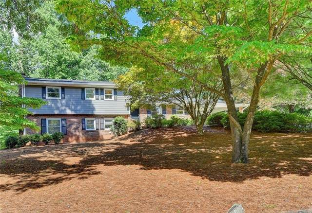 1702 Rochelle Drive, Dunwoody, GA 30338 (MLS #6731146) :: The Cowan Connection Team