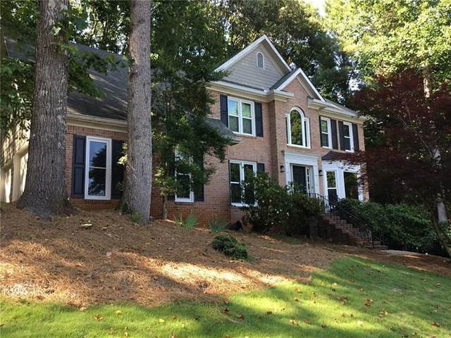 511 Deer Run Way, Woodstock, GA 30189 (MLS #6740580) :: The Heyl Group at Keller Williams
