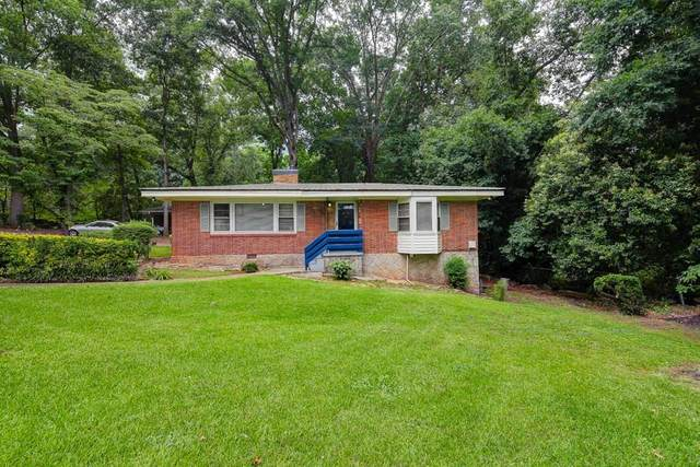 1400 Ruth Place, Decatur, GA 30035 (MLS #6744617) :: KELLY+CO