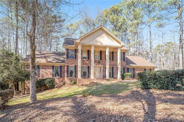6092 Windsong Way, Stone Mountain, GA 30087 (MLS #6745258) :: The Realty Queen & Team