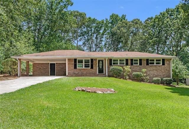 5795 N Bear Drive, Douglasville, GA 30135 (MLS #6749565) :: The Heyl Group at Keller Williams