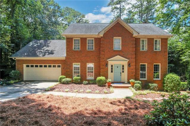 2745 Woods Ridge Drive, Alpharetta, GA 30022 (MLS #6750716) :: The North Georgia Group