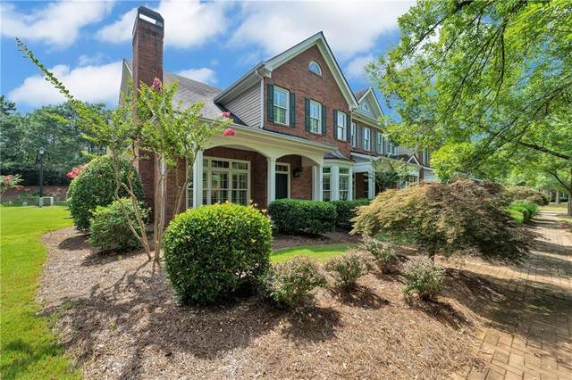 8110 Parker Place, Roswell, GA 30076 (MLS #6760353) :: North Atlanta Home Team