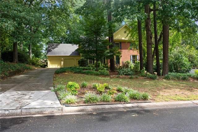 3141 W Somerset Court SE, Marietta, GA 30067 (MLS #6762526) :: North Atlanta Home Team