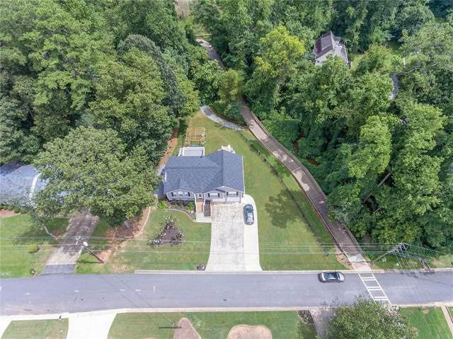 111 Pinehill Drive, Woodstock, GA 30188 (MLS #6771482) :: Path & Post Real Estate