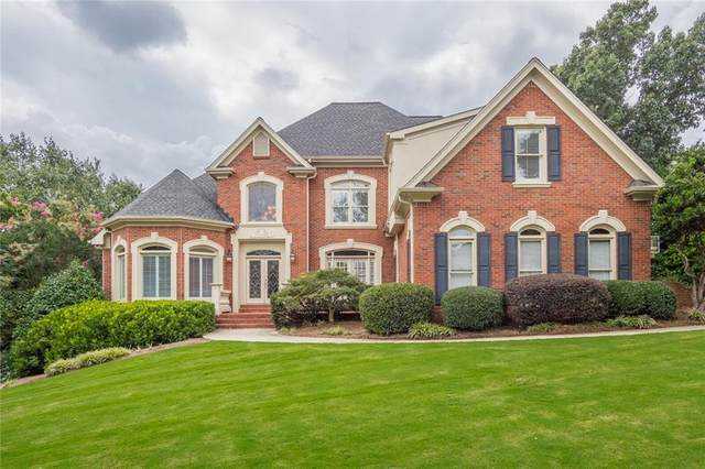 300 Falls Point Trail, Alpharetta, GA 30022 (MLS #6772968) :: RE/MAX Prestige