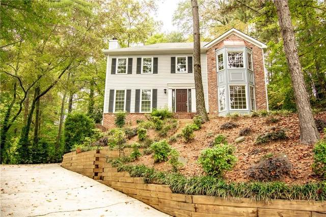 2364 Forestmont Court, Marietta, GA 30062 (MLS #6791889) :: Tonda Booker Real Estate Sales