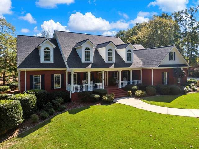 5781 Chateau Glen Drive, Hoschton, GA 30548 (MLS #6796623) :: The Zac Team @ RE/MAX Metro Atlanta