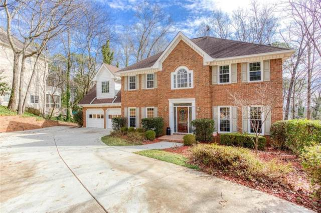 220 Shadowledge Lane, Roswell, GA 30076 (MLS #6800722) :: The North Georgia Group