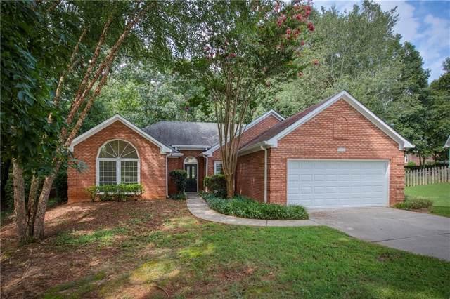 11070 Pinewalk Forest Circle, Alpharetta, GA 30022 (MLS #6801341) :: North Atlanta Home Team